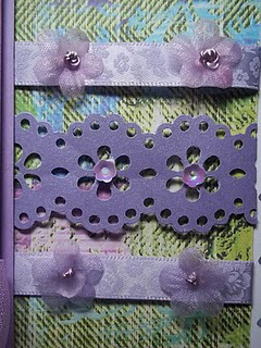 Lace designed lilac patterned paper