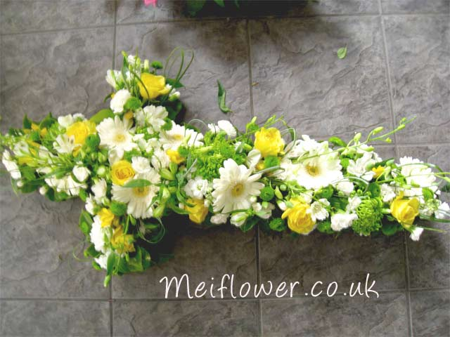 Funeral wreaths and funeral crosses